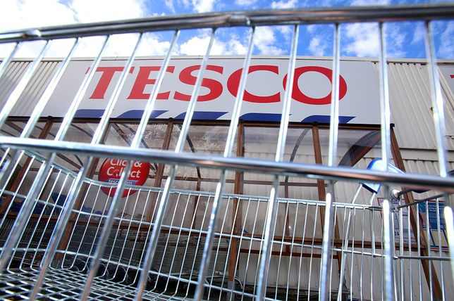"""Pracownicy Tesco szykują się do strajku. """"Solidarność"""" nie porozumiała się z zarządem firmy"""