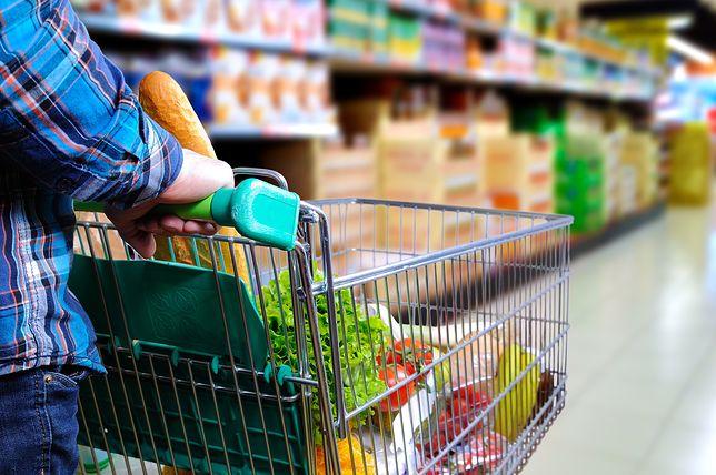 Coraz więcej Polaków zauważa, że artykuły spożywcze mocno drożeją