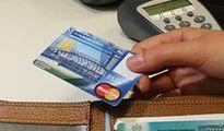 Miliardy w plastiku. Karty płatnicze w Polsce są od 50 lat