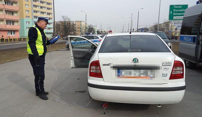 """Ruszyła akcja """"Smog"""". Policja przeprowadza wzmożone kontrole samochodów"""