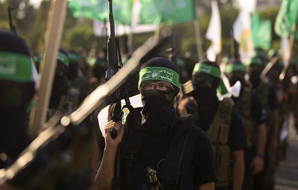 Członkowie Brygady Ezedina al-Kasama, zbrojnego skrzydła Hamasu w Strefie Gazy