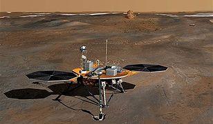 Phoenix znalazł lód na Marsie!