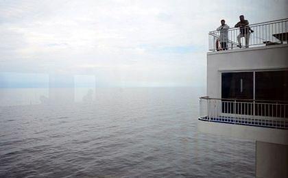 Miasteczko bez dostępu do morza ściąga podatek portowy