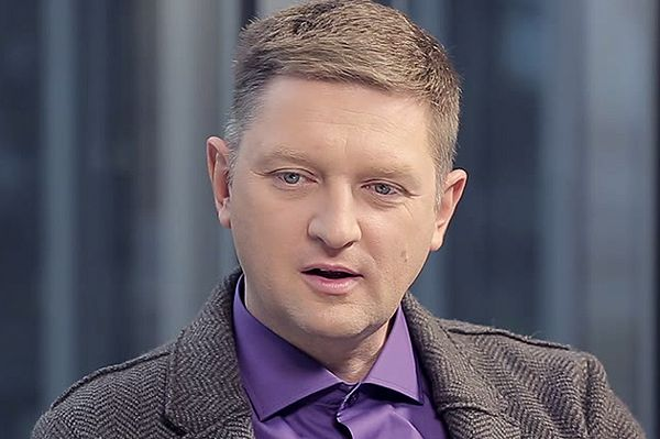 Andrzej Rozenek: komunikacja dla młodzieży i starszych ludzi powinna być za darmo