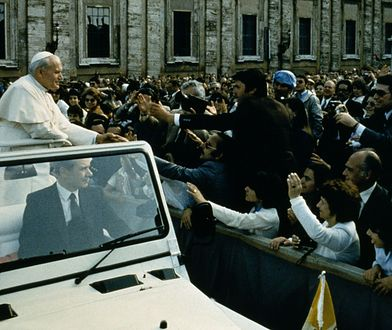 40 lat od zamachu na papieża. W jedną chwilę świat wstrzymał oddech [FOTO]