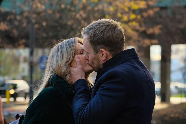 Inga (Małgorzata Socha) i Maks (Mateusz Janicki)