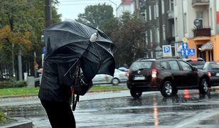Pogoda. Ostrzeżenia IMGW. Uwaga na silne wiatry i intensywne opady