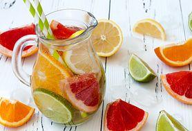 23 odświeżające drinki bezalkoholowe, które ochłodzą cię w upalny dzień