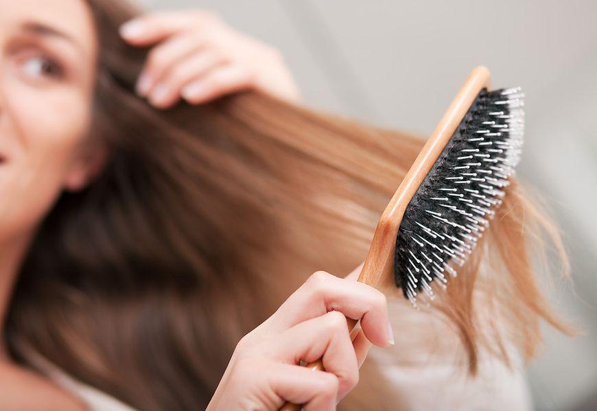 Często szczotkujesz włosy
