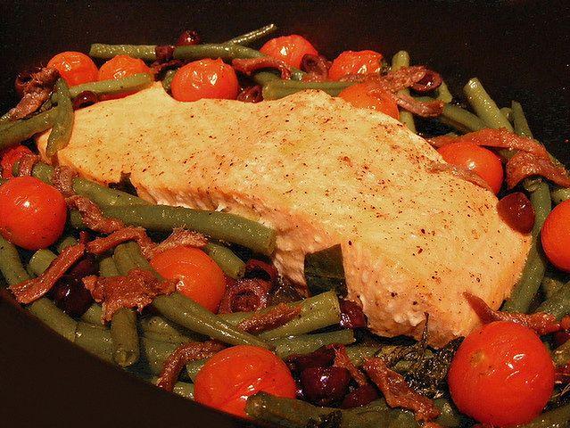 Zdrowe danie z łososiem