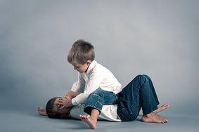 5 najczęstszych problemów z zachowaniem małego dziecka - jak je pokonać?