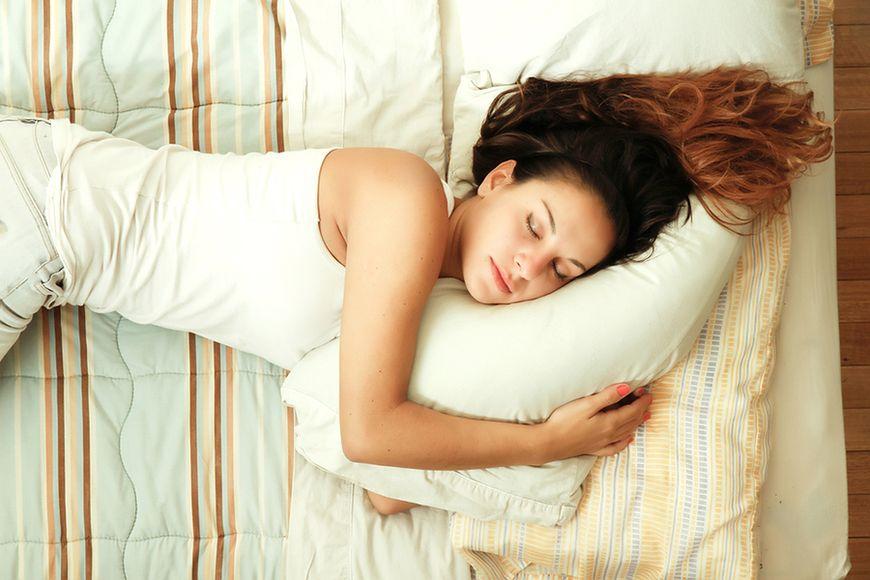 Śpij więcej i miej szczuplejszą sylwetkę