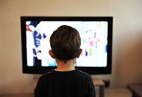 Telewizor, komputer, konsola - co może, a co nie powinno trafić do pokoju dziecka