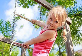 10 pomysłów na zabawy na świeżym powietrzu - sprawdź je wszystkie