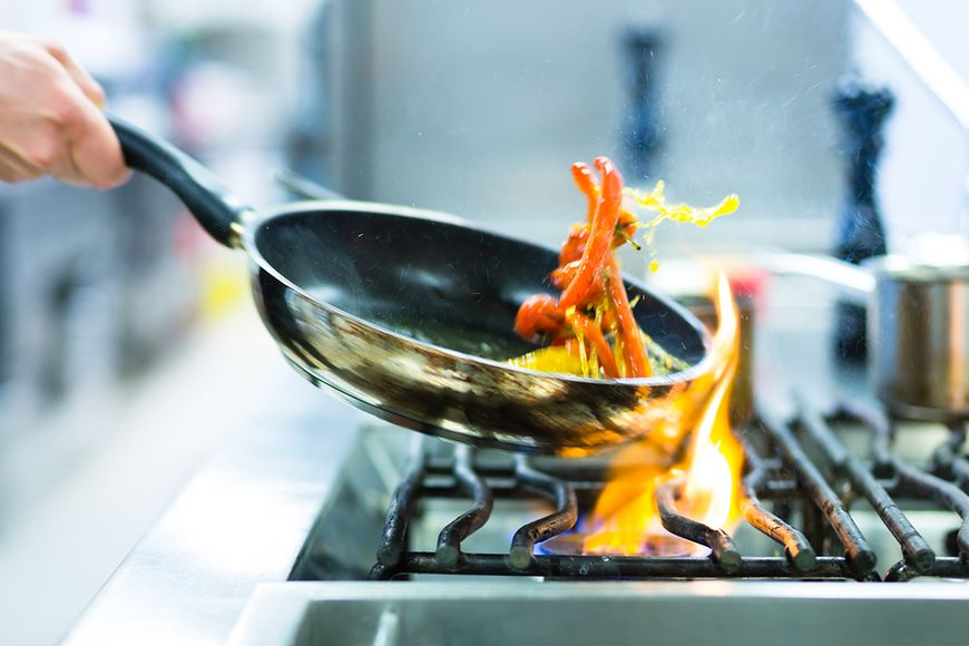 Wybór oleju do smażenia może być trudny