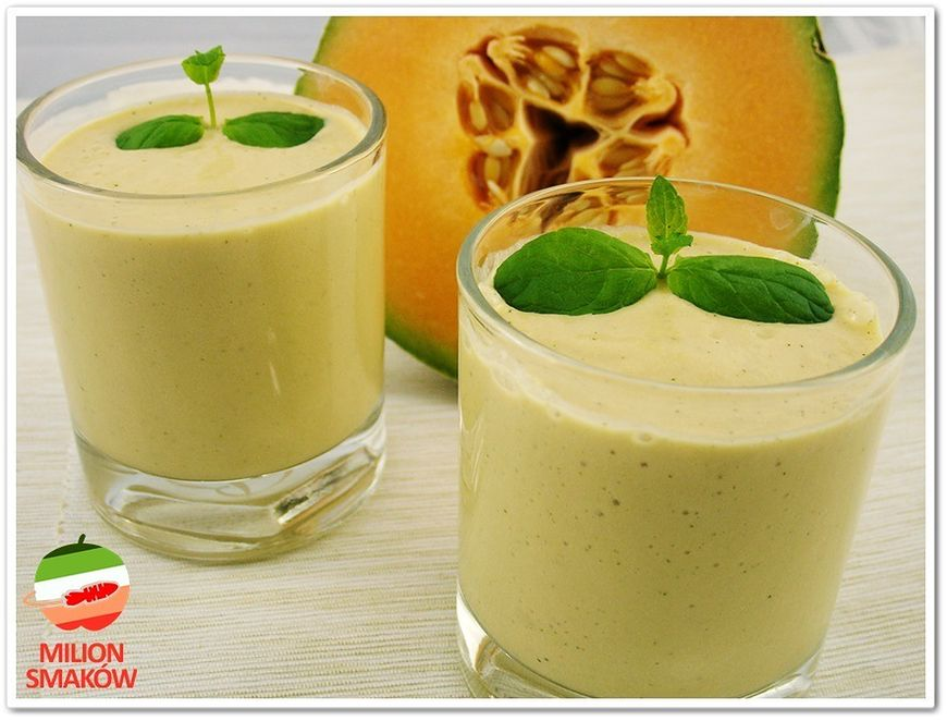Miętowy smoothie z kantalupy i jabłka