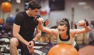 Wzrost sprzedaży karnetów na zajęcia sportowe w styczniu wynosi około 20 proc. w porównaniu do grudnia.