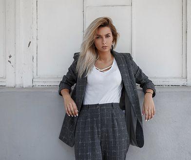 Spodnie w kratkę z domieszką wełny - modne i ciepłe