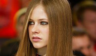 Avril Lavigne usunęła się w cień na lata. Gwiazdka wraca do show-biznesu