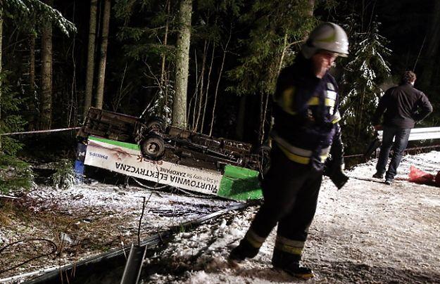 Wypadek busa pod Zakopanem. 15 osób rannych