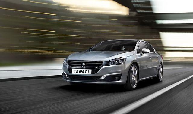 Peugeot i Renault wychodzą z kryzysu
