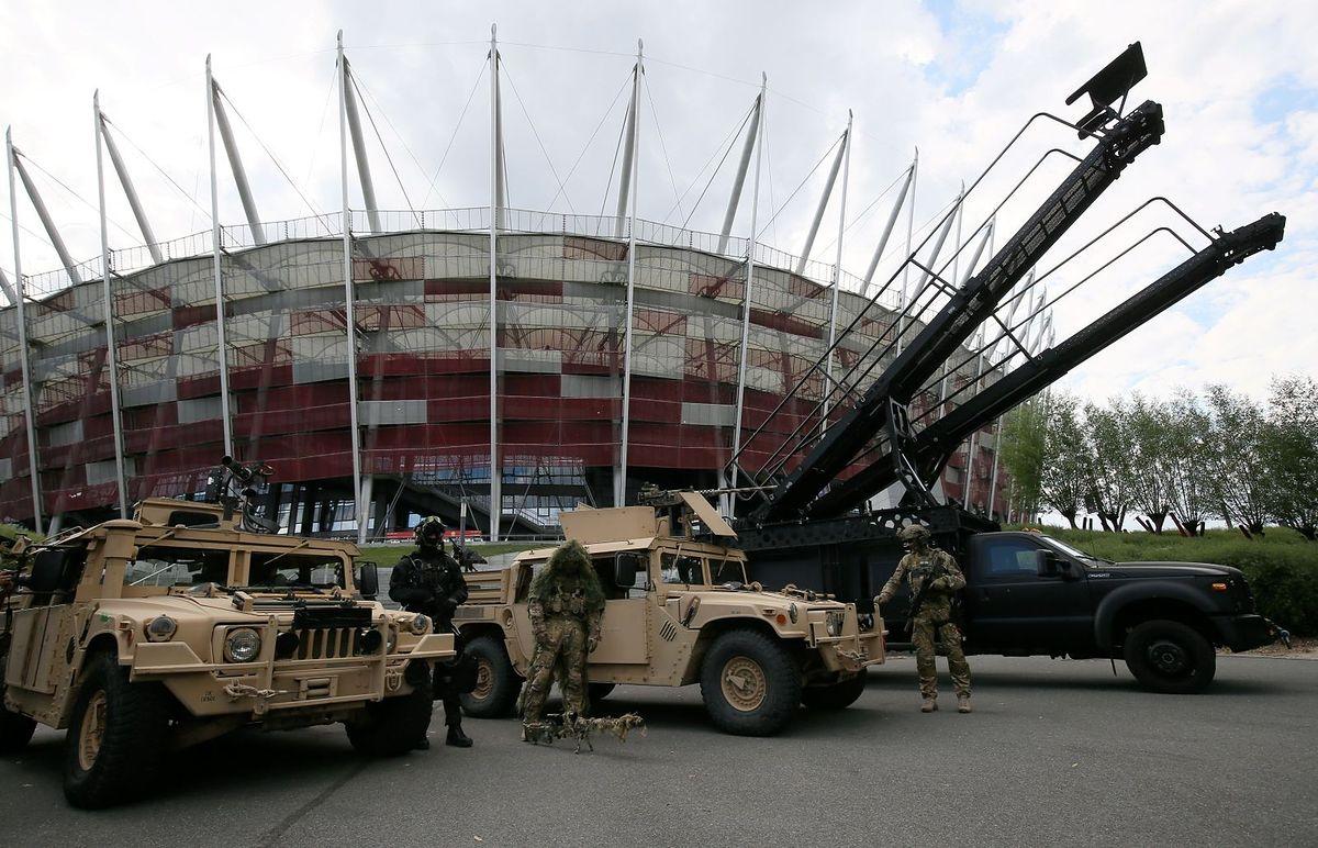 """Szczyt NATO: Mistrzowie obserwacji wkraczają do akcji. """"Potrafią wypatrzeć w tłumie osobnika, którego inni nie widzą"""""""