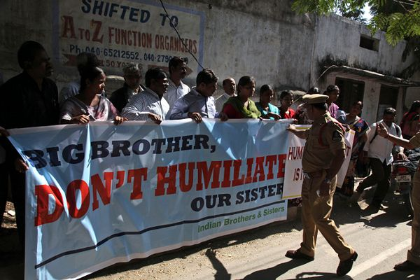 Protest w Indiach przeciwko akcji Amerykanów wobec wicekonsul indyjskiej
