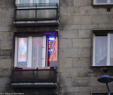 Do szpitala w Rzeszowie trafił mężczyzna zaatakowany przez prostytutki.