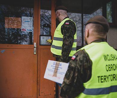 Koronawirus u sześciu żołnierzy Wojsk Obrony Terytorialnej. Według burmistrza zataili zakażenie