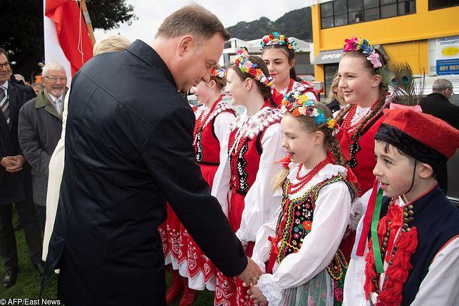 Między innymi po takie właśnie obrazki pojechał do Australii prezydent Andrzej Duda