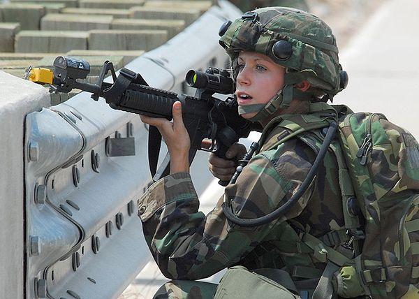 Amerykańskie wojsko w pełni otwarte dla kobiet