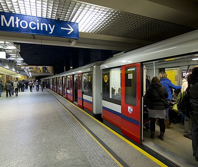 Awaria metra. Uruchomiono linię zastępczą