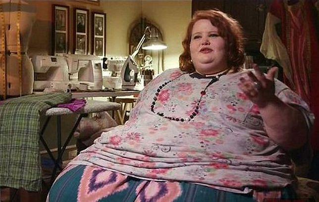 Ważyła 300 kilogramów. Schudła 100 kg i nadal walczy