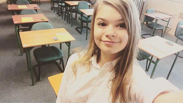 Julia Wróblewska wywołała dyskusję. Jak powinni ubierać się maturzyści?