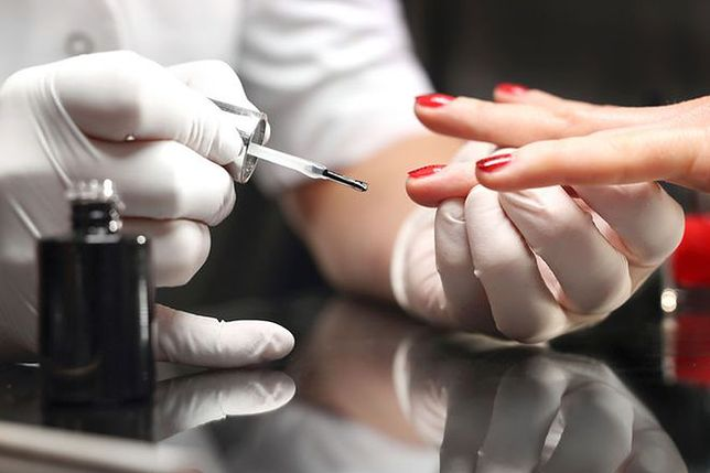 Ryzyko ukryte w lakierach do paznokci. Dlaczego mogą nam zaszkodzić?