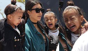 Córka Kim Kardashian i Kanye Westa znów zanosi się płaczem