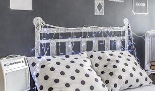 Najlepszym sposobem na maleńką sypialnię jest po prostu idealna organizacja przestrzeni w szafach, szufladach i półkach.