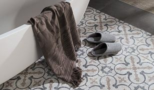 Modna łazienka: kontrasty w rozmiarze XXL