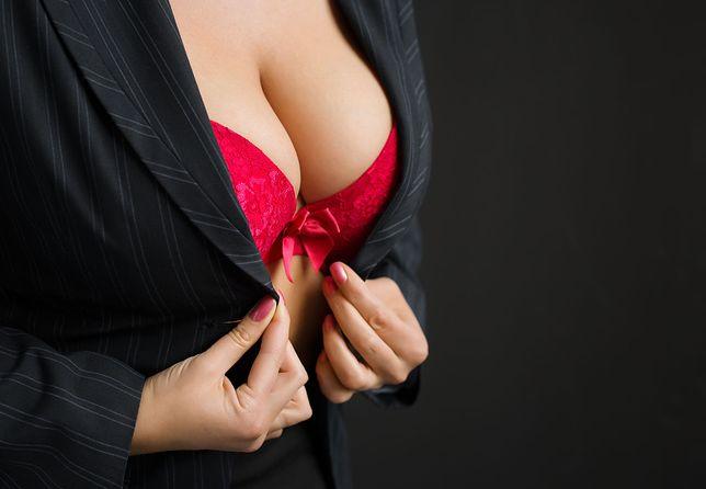 Uwolnij piersi
