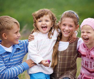 Wakacje z dziećmi to mnóstwo bagaży i sytuacji nie do przewidzenia, ale ile radości