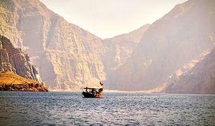 Oszałamiająca natura i zabytki Omanu są poza otwartością mieszkańców wystarczającym wakacyjnym magnesem