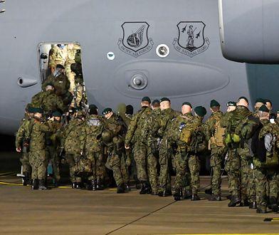 Żołnierze NATO i wojska USA wspólnie opuszczą Afganistan. Także Polacy