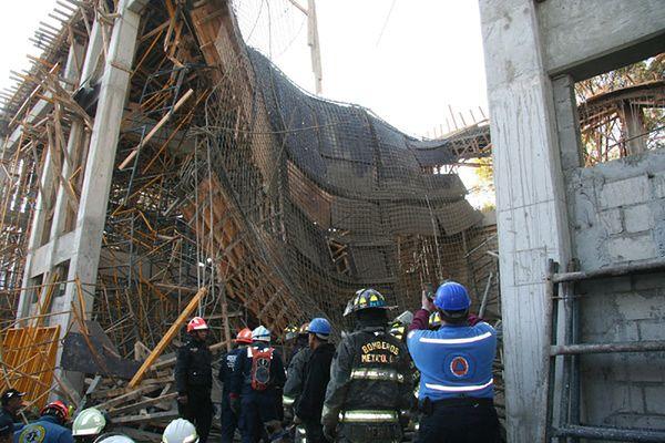 Katastrofa budowlana w stolicy Meksyku - zawalił się budynek