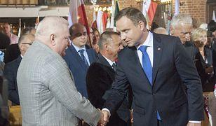 Lech Wałęsa poprosił o pomoc ws. wyjazdu na pogrzeb Busha prezydenta Dudę
