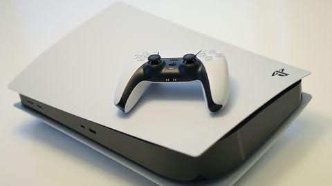 PS5: trudno będzie dostać konsolę do końca 2021 r. Brakuje części kosztujących dolara