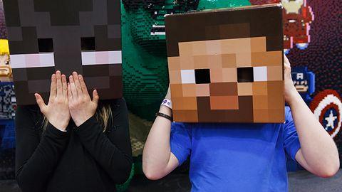 """Zagraj w Minecrafta... w Minecrafcie. YouTuber zrobił niezłą """"Incepcję"""""""