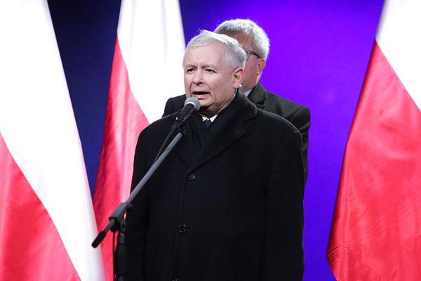 Marsz PiS w Warszawie. Jarosław Kaczyński o działaniach władz: to hańba!