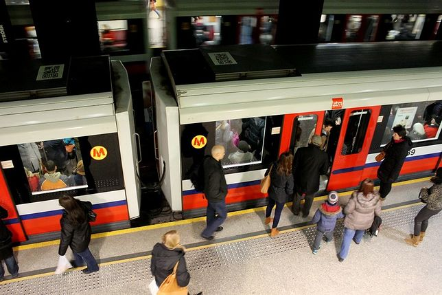 Metro będzie kursować w soboty częściej!