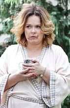 """""""2XL"""": Laura wymienia zamki w drzwiach, Agatę odwiedza matka"""