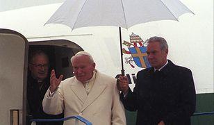 Jan Paweł II i Angelo Gugel we Wrocławiu w 1997 roku